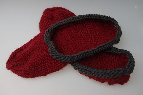 Hausschuhe stricken und filzen - 14. Paar Schlosspantoffeln ...