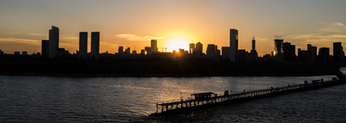 Skyline am Abend in Buenos Aires